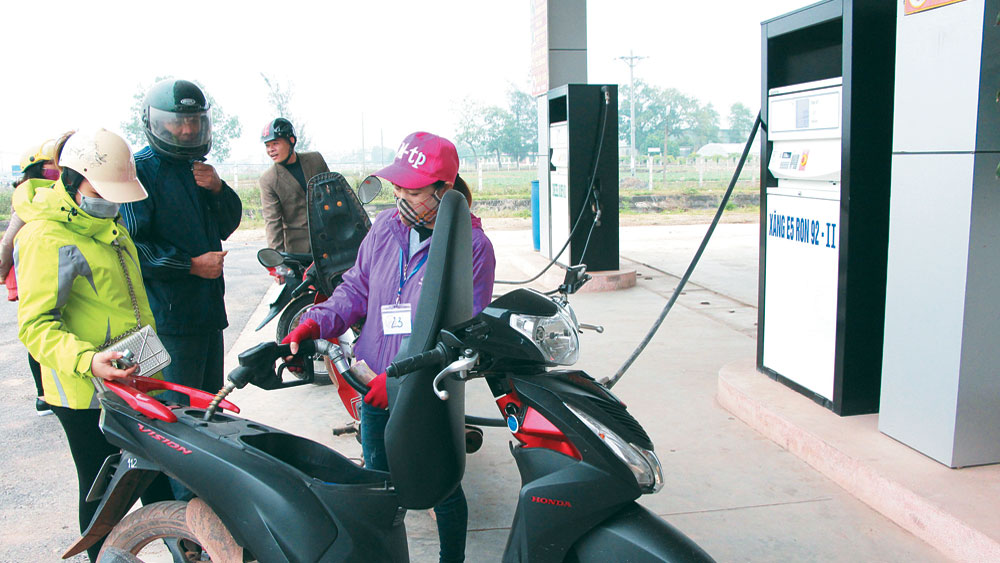 Bắc Giang, Dừng tiêu thụ xăng A92, ngày 1-1-2018,  phát hiện,  hàng tồn lưu