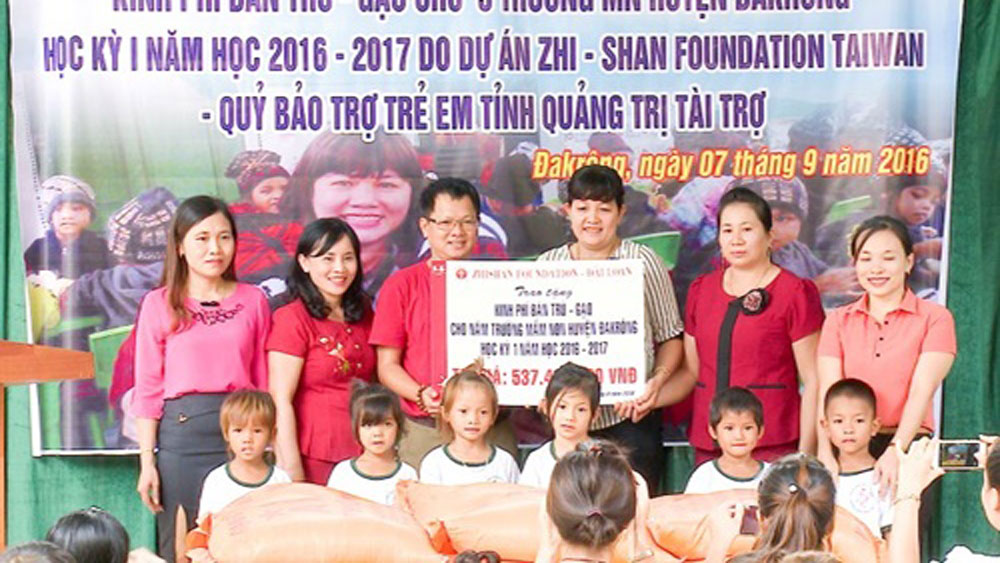 Taiwanese organisation supports poor children in central region