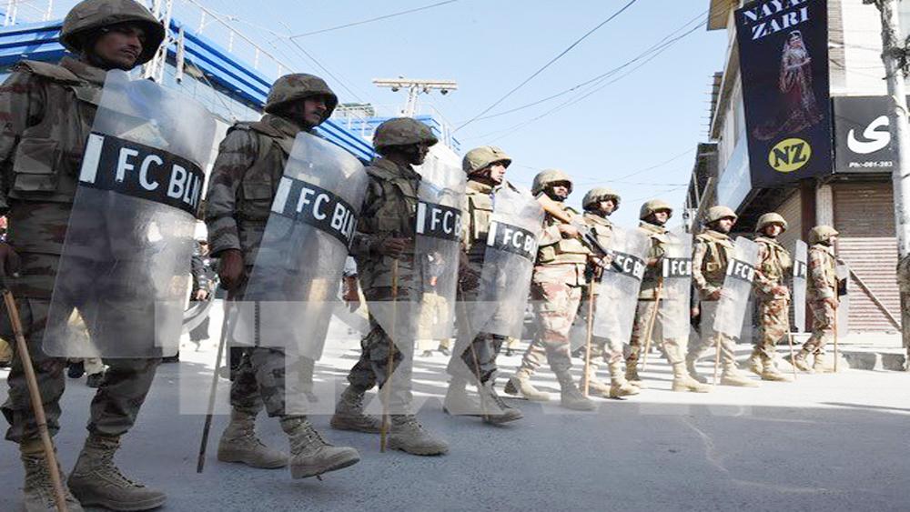 Bộ trưởng, Khurram, Pakistan, tạm dừng, hợp tác, quân sự, tình báo, Mỹ