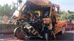 TP Hồ Chí Minh: Xe cứu hộ đâm vào đuôi xe container, ba người tử vong