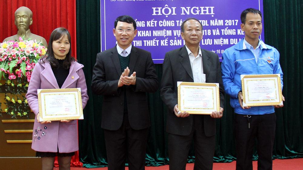 """Trao giải cuộc thi """"Thiết kế sản phẩm lưu niệm du lịch"""" tỉnh Bắc Giang"""