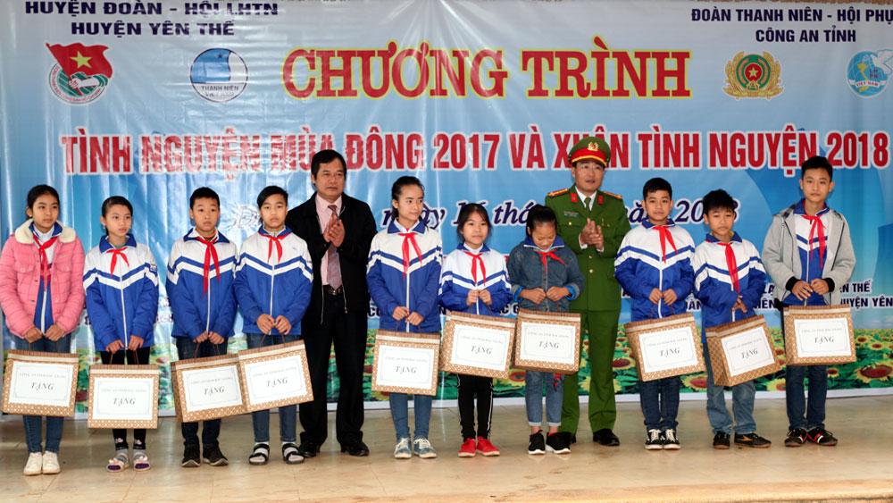 Nhiều hoạt động tình nguyện tại huyện Yên Thế