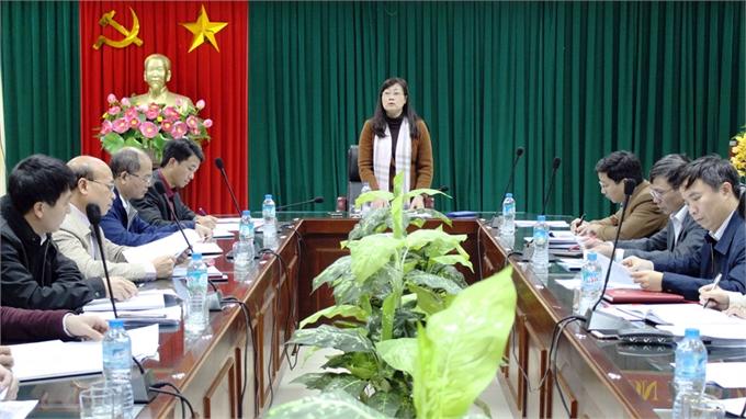 Ban Kinh tế và Ngân sách, HĐND tỉnh giám sát việc hỗ trợ xi-măng xây dựng giao thông nông thôn