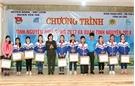 45 học sinh nghèo vượt khó được nhận đỡ đầu