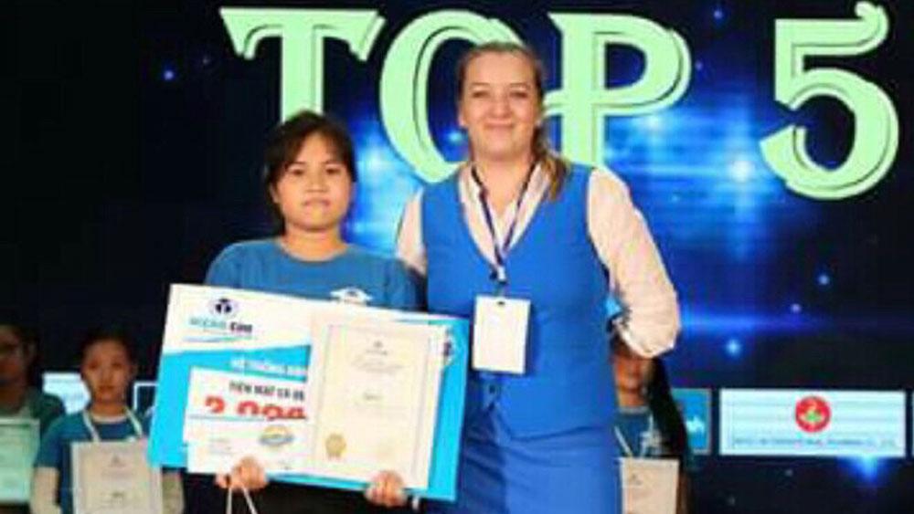 Nguyễn Thị Hạnh Huyền: Top 5 toàn quốc cuộc thi Vô địch tiếng Anh
