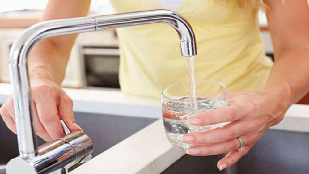 Làm thế nào để biết nước uống có an toàn không?