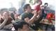 Người dân TP Bắc Giang hào hứng cổ vũ đội tuyển U23 Việt Nam trận bán kết