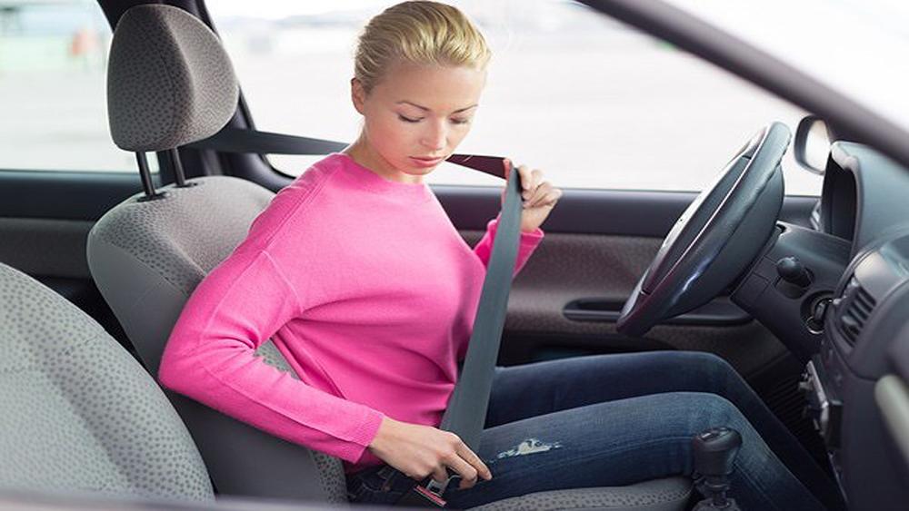 8 quy định chuẩn về tư thế ngồi của lái xe