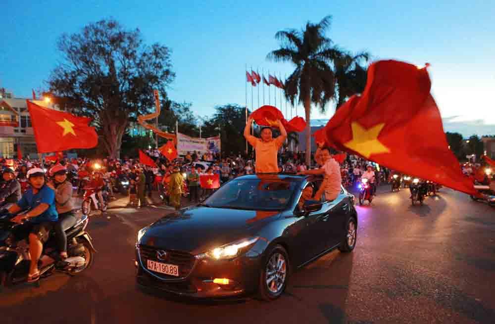 Cả nước ăn mừng chiến thắng của U23 Việt Nam