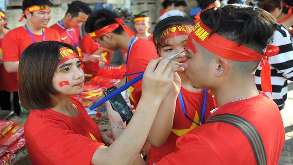 Giới trẻ hướng về tâm bão Việt Nam - Uzbekistan