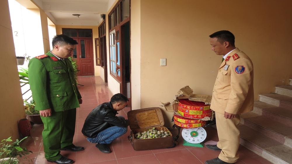 Lực lượng Công an bắt liên tiếp hai vụ vận chuyển pháo trái phép