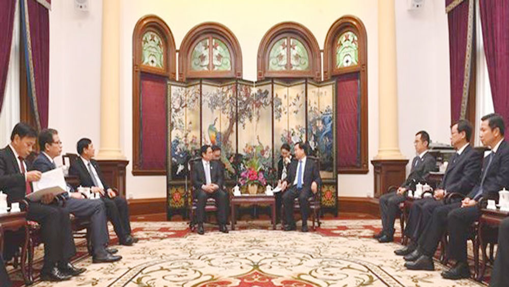 Vietnam seeks stronger cooperation with Chinese province