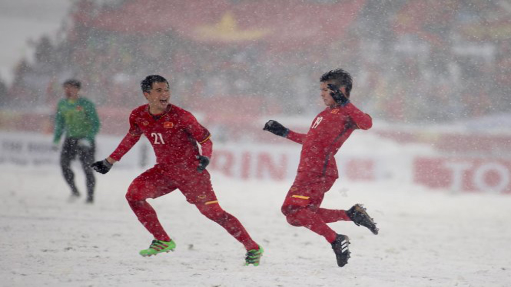 Hiệp 1 chung kết U23 châu Á: Quang Hải lập siêu phẩm gỡ hòa 1 - 1 làm tan chảy băng tuyết