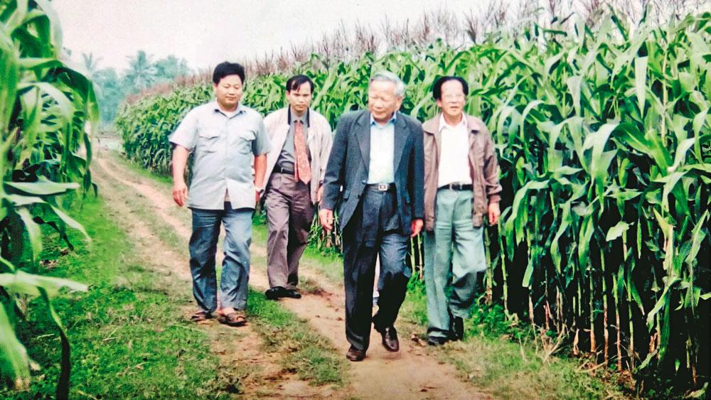 Giáo sư Trần Hồng Uy và lời hứa với Thủ tướng Phạm Văn Đồng