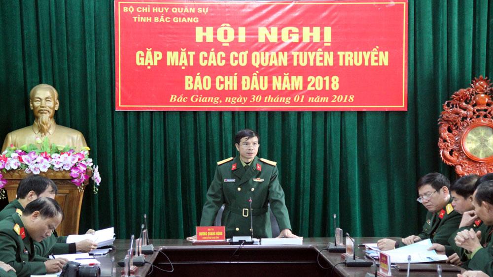 Bộ CHQS tỉnh gặp mặt các cơ quan báo chí nhân dịp đầu Xuân