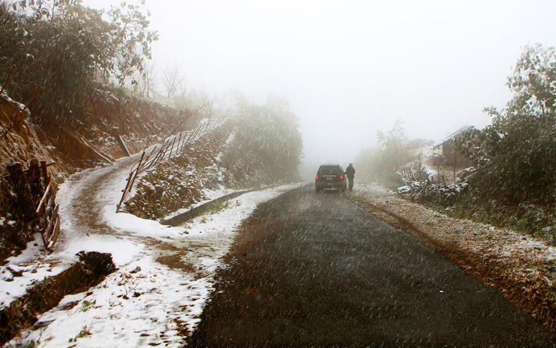 Tuyết rơi trắng trời Sa Pa