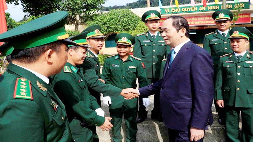 President visits Kon Tum ahead of traditional Tet