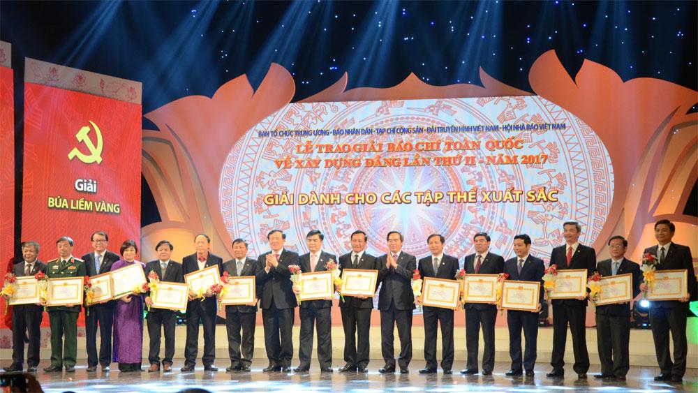 Báo Bắc Giang đoạt giải tập thể xuất sắc Giải báo chí toàn quốc về xây dựng Đảng lần thứ II