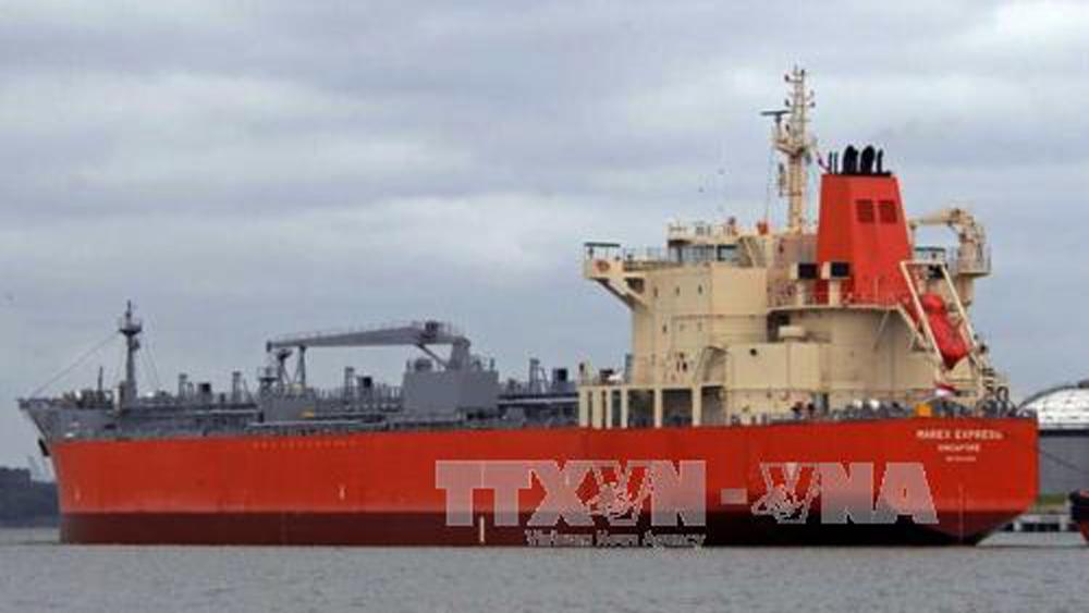 Tàu chở dầu cùng 22 người Ấn Độ mất tích ở biển Tây Phi