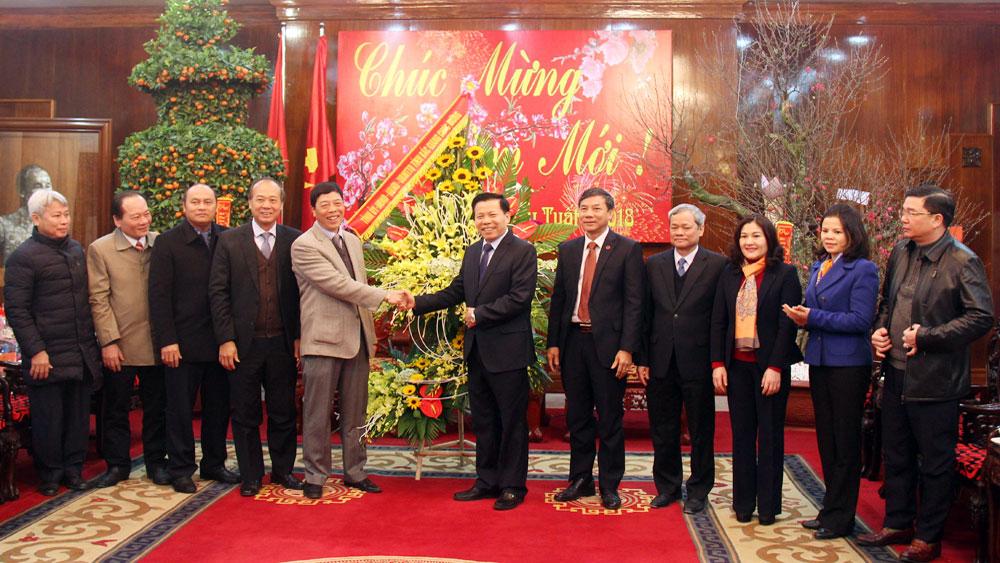 Các đồng chí lãnh đạo tỉnh chúc Tết Đảng bộ, chính quyền, nhân dân tỉnh Bắc Ninh