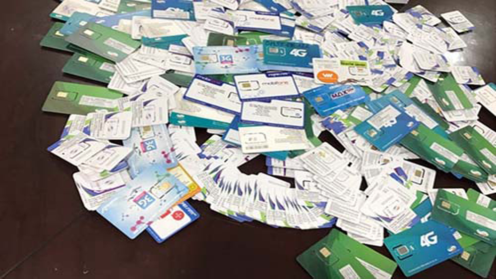 Vẫn dễ dàng mua được SIM kích hoạt sẵn, Bộ Thông tin và Truyền thông yêu cầu xử lý nghiêm