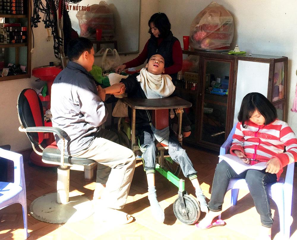 Gia đình chị Bùi Thị Viên, được xác định lại là hộ nghèo