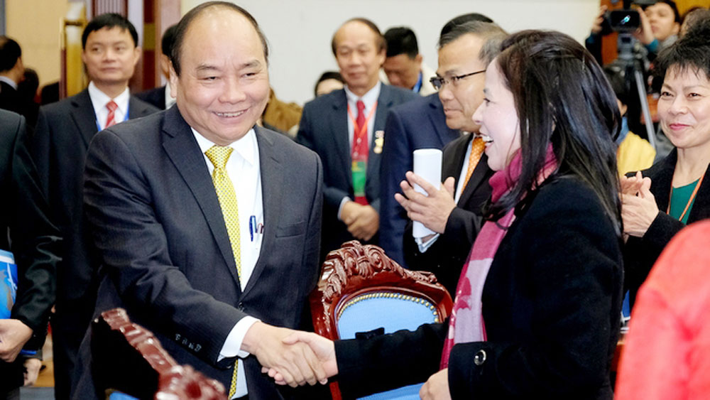 PM values Vietnamese expats' contributions to national development