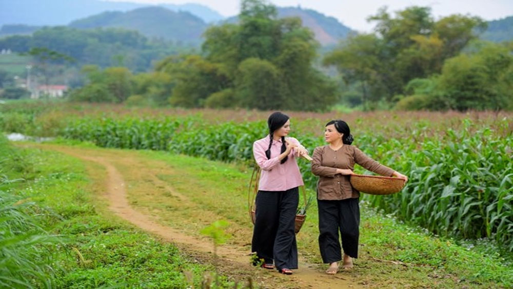 Sao Mai Lương Nguyệt Anh gây xúc động với sáng tác đầu tay về mẹ