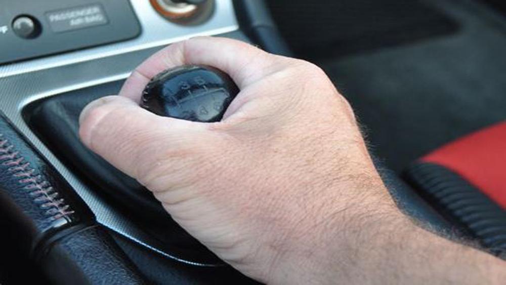 10 thói quen xấu gây hại cho ôtô