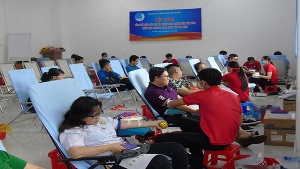 Lượng máu dự trữ đủ đáp ứng nhu cầu điều trị dịp Tết