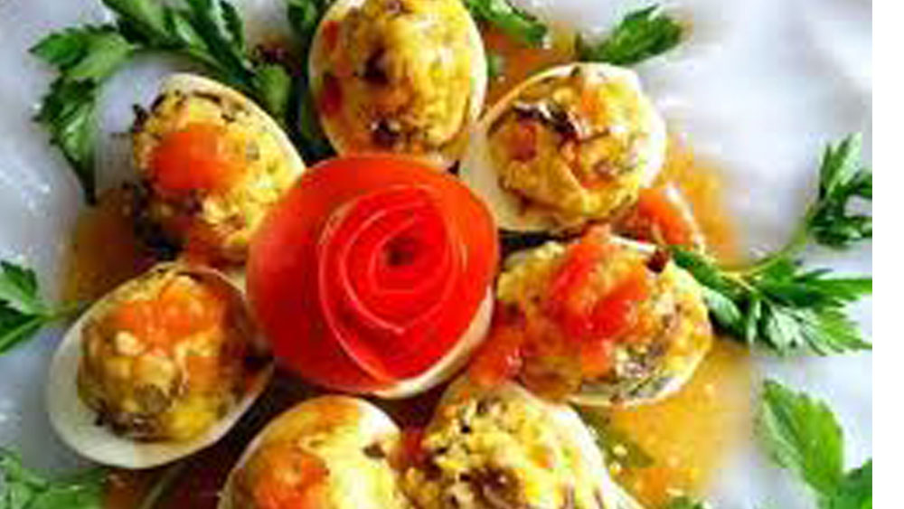 Trứng nhồi thập cẩm, vị ngon ngọt đậm, thập cẩm hấp dẫn