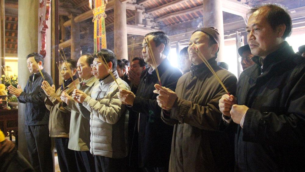 Rước tượng Trúc Lâm Tam Tổ về chùa Vĩnh Nghiêm