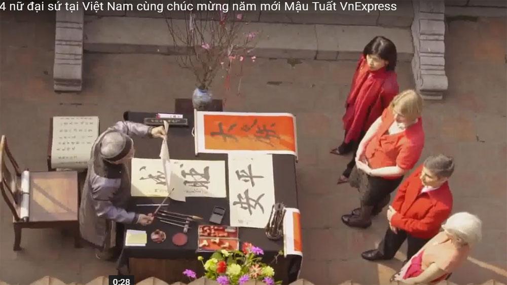 4 nữ đại sứ tại Việt Nam cùng chúc mừng năm mới Mậu Tuất