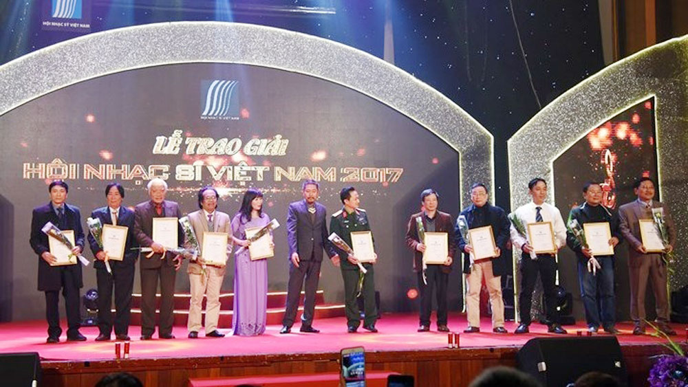 Winners of Music Awards 2017 honoured