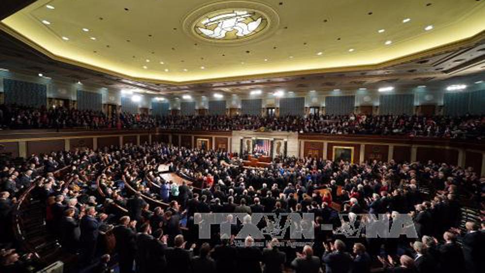 Quốc hội, Mỹ, thông qua, dự luật, chi tiêu, ngân sách, hai năm