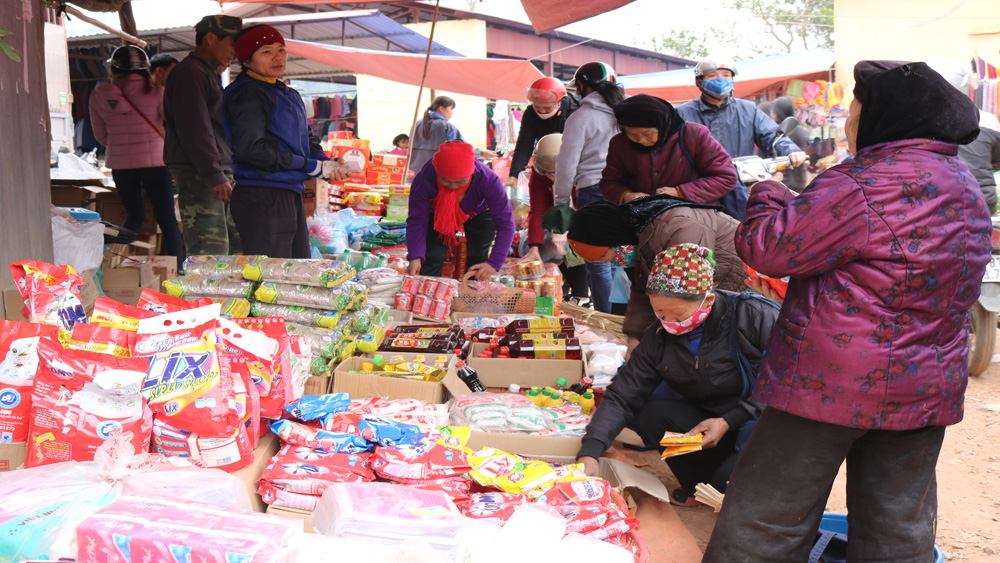Ấn tượng, chợ Tết, vùng cao, Cấm Sơn, ngày cuối năm