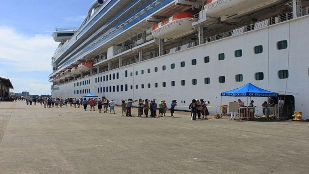 Gần 34.000 du khách, tàu biển, xông đất, Việt Nam, Tết Nguyên đán