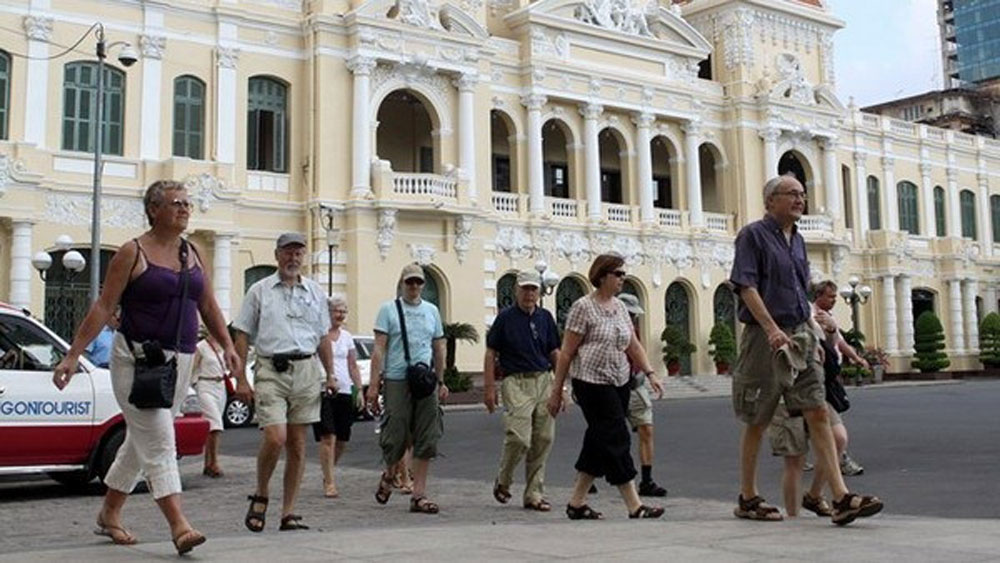 Ho Chi Minh City seeks extension to visa waivers to boost tourism