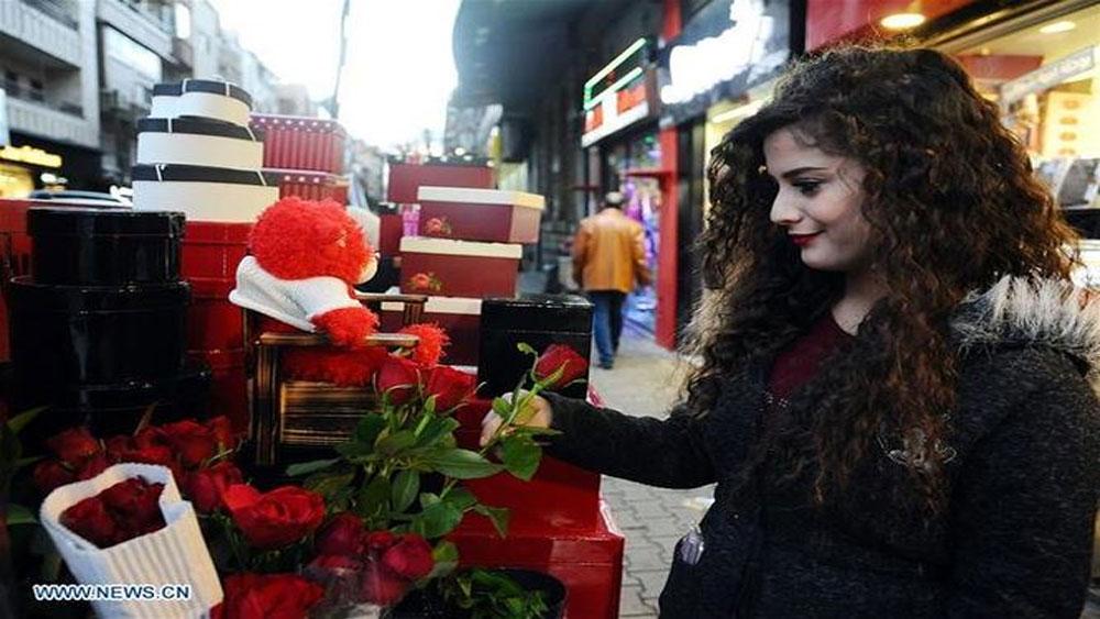 Không khí, đón Valentine, khắp thế giới