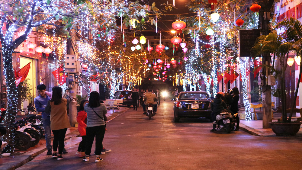Bắc Giang: Hân hoan đón thời khắc giao thừa