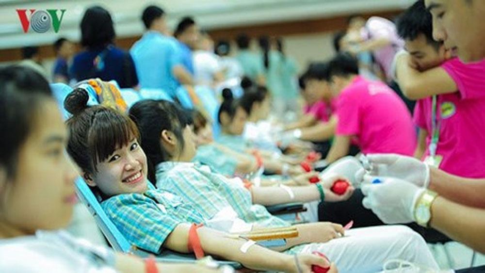 Ngày Tết vẫn có người đến hiến máu theo lịch hẹn