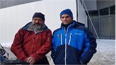 Cặp vợ chồng đạp xe một năm từ Thụy Sỹ đến Hàn Quốc cổ vũ con trai thi đấu