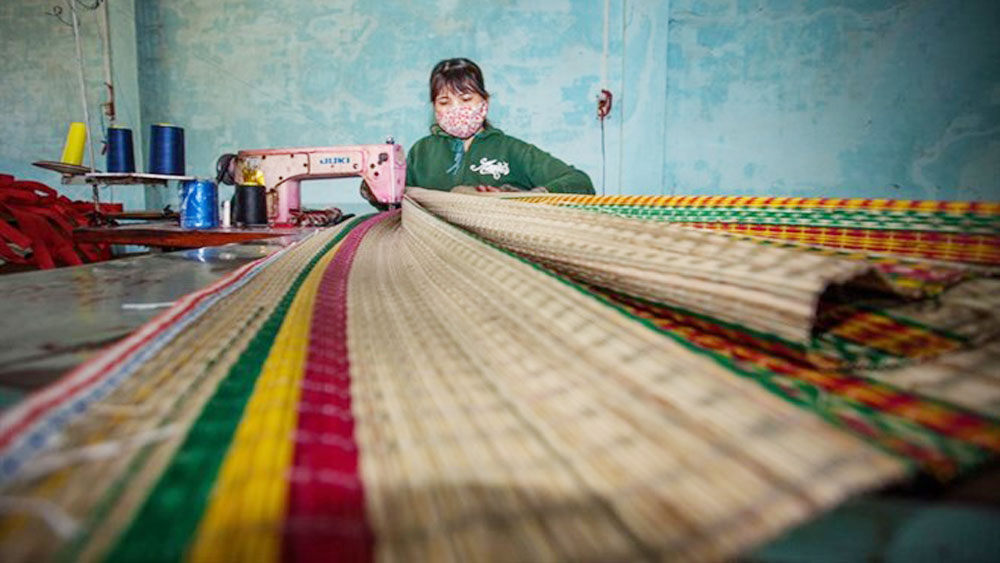 New machines revive mat weaving village