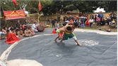 Vui nhộn giải vật dân tộc thiếu niên thôn Quang Biểu