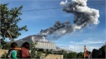 Núi lửa Sinabung phun trào, Indonesia cảnh báo hàng không mức cao nhất