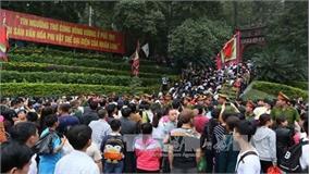 Gần 1 triệu lượt du khách đến đền Hùng trong dịp Tết Nguyên đán