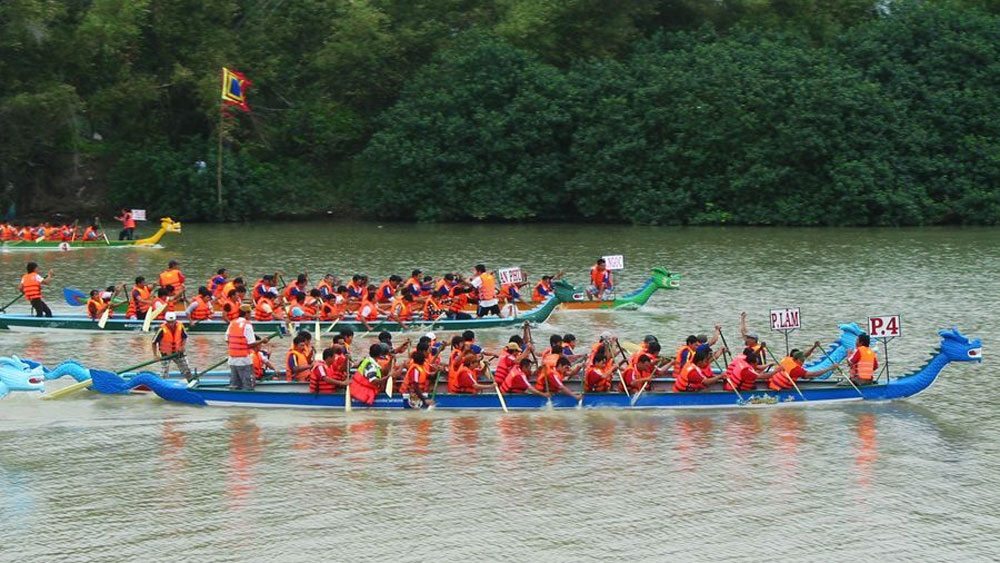 Hanoi, dragon boat racing, first festival, West Lake, ASEAN member countries, attractive activities