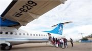 Hành khách tự mở cửa thoát hiểm, chuyến bay bị hoãn 7 tiếng