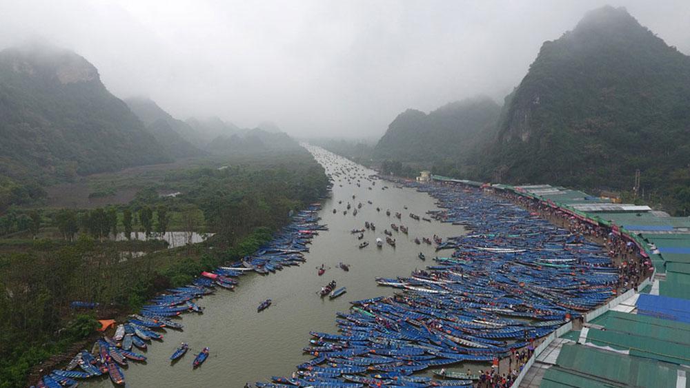 Tưng bừng lễ hội chùa Hương