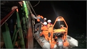 8 thuyền viên tàu hàng được cứu sống khi trôi dạt trên phao cứu sinh